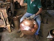 Jak wytwarza si� alembiki miedziane w Al-Ambiq